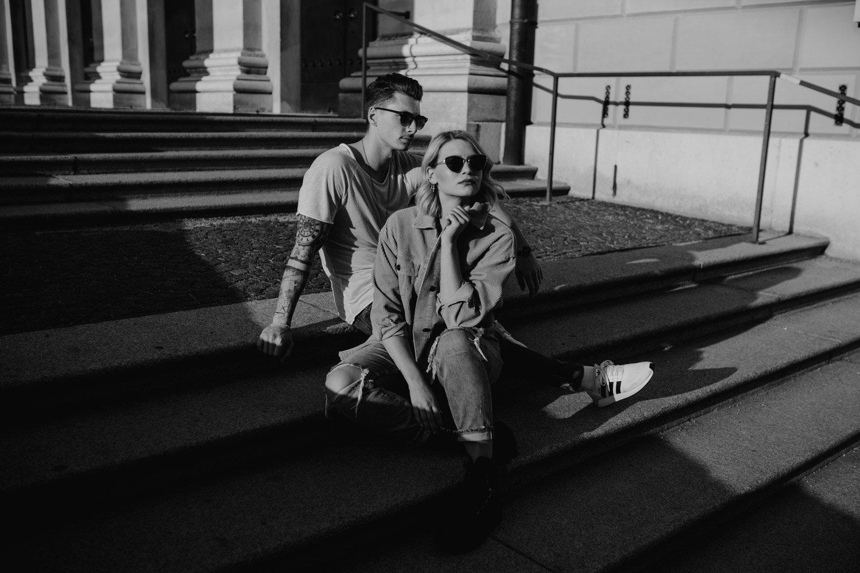 coupleshooting muenchen streetstyle 69 von 194 - Alex & Tim